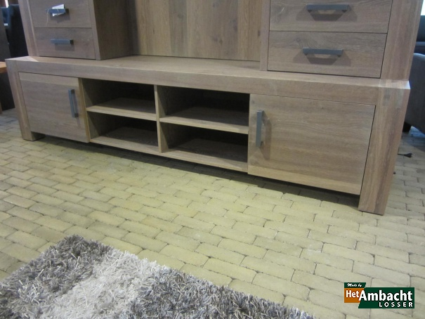 Vingerlas TV dressoir eiken