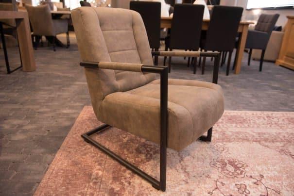 Model 300 fauteuil (3)